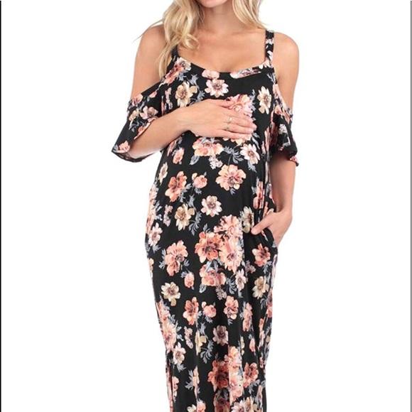 c4ce824635e Black floral cold shoulder maternity maxi dress. M 5bb95fd89539f72749271c22